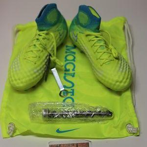 Nike Womens Magista Obra II AG-PRO 844208-718